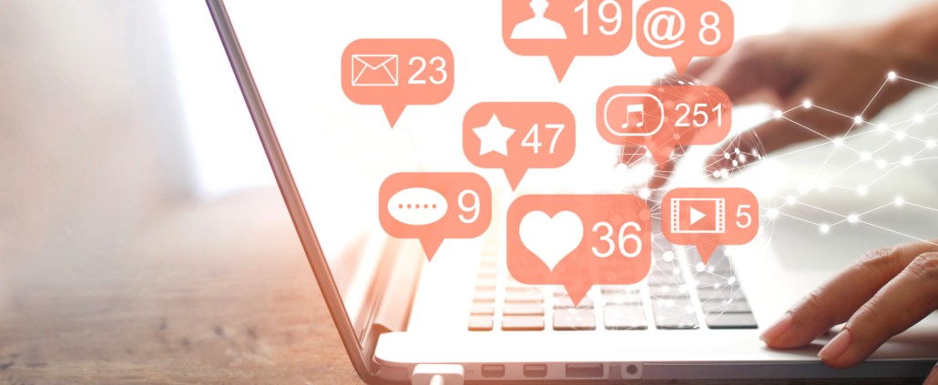 Cusstomer experience on Social Media